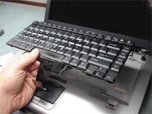 Thay bàn phím laptop Văn Giang